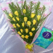 DSCN7191-20-yellow-roses-bouquet-rs-749-180x180