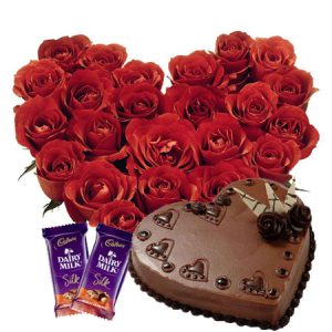 20-heartshaped-red-roses-heart-cake-2pc-silk