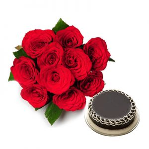 10 Red Roses Round Bunch + Half Kg. Chocolate Flavor Cake