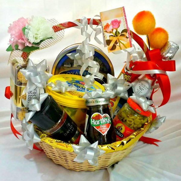 Christmas Hamper Basket.Decorated Gift Hamper Basket Of Imported Food Items