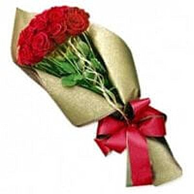 10-Red-Roses-Bouquet