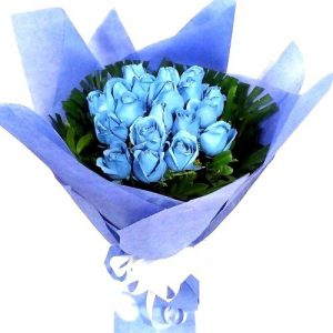 blue roses bunch